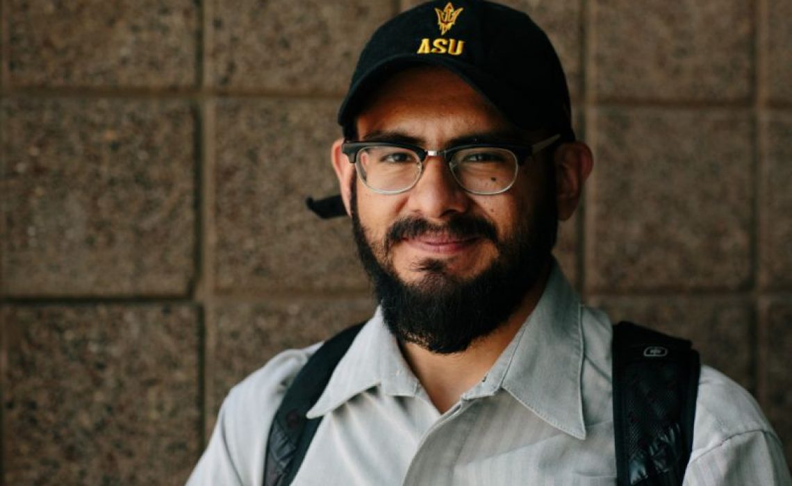 Picture of Edder Martinez. Photo: Caitlin O'Hara for Yahoo News